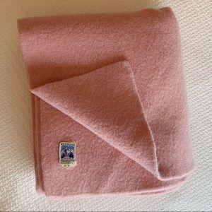 Vintage dusty pink wool blanket